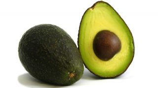 Keep Your Avocados From Turning Brown! Do It Now!